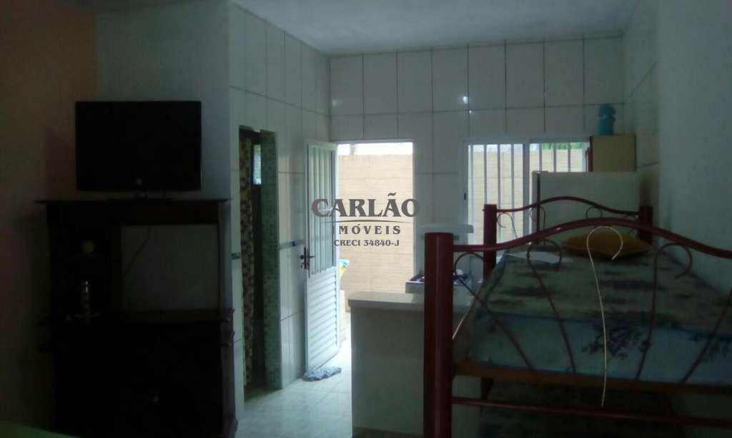 Kitnet em Mongaguá, bairro Vila Vera Cruz