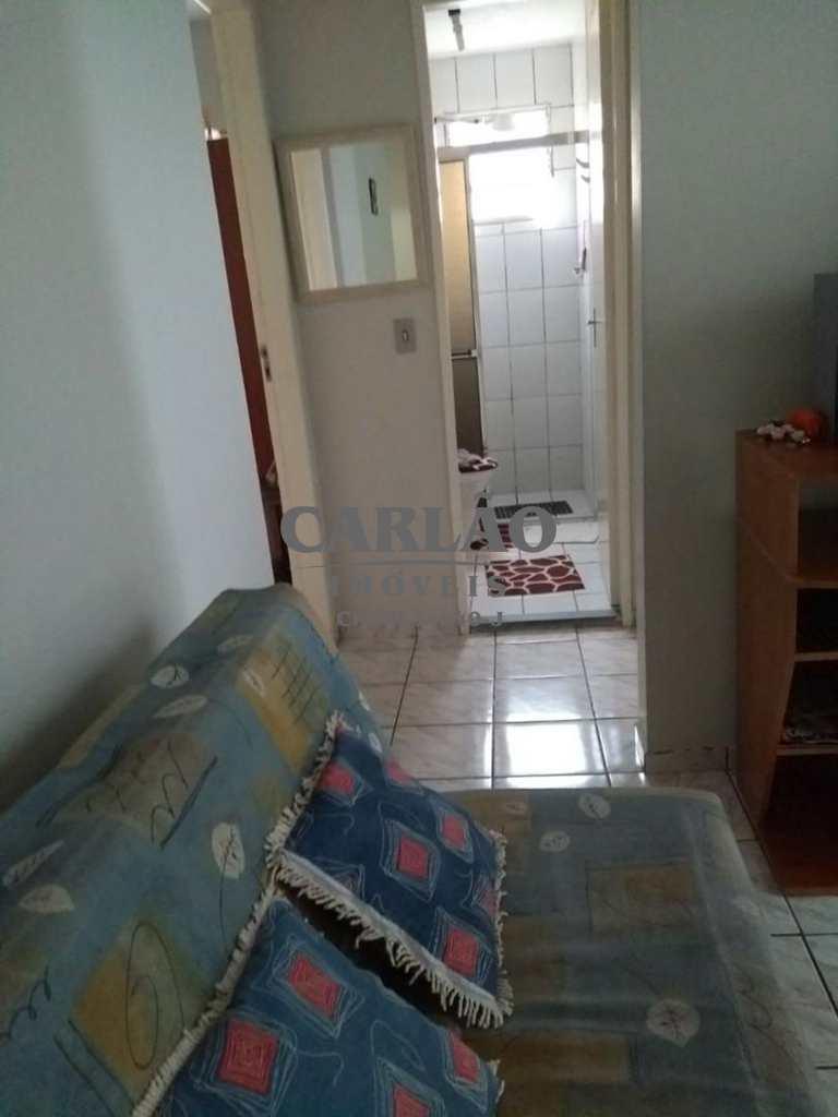 Apartamento em Mongaguá, no bairro Vila Oceanopolis
