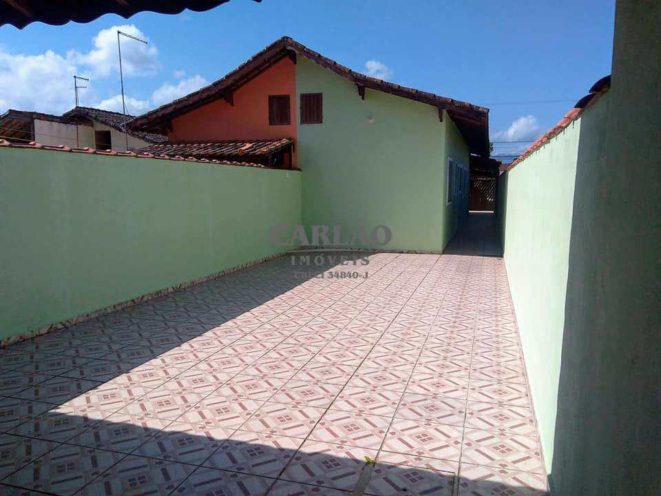 Casa em Mongaguá, no bairro Parque Verde Mar