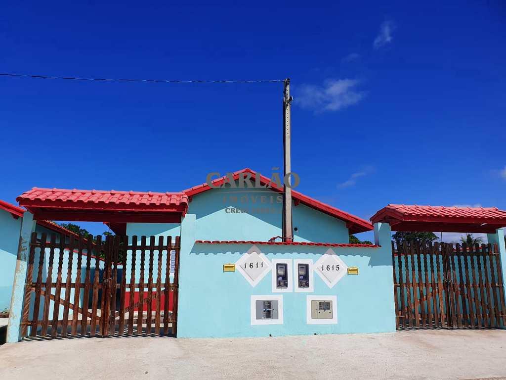 Casa em Mongaguá, no bairro Jardim Leonor Jussara