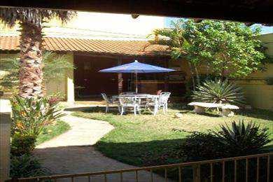 Casa, código 212400 em Jaboticabal, bairro Jardim São Marcos II