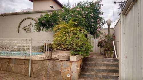 Casa, código 1722176 em Jaboticabal, bairro Centro
