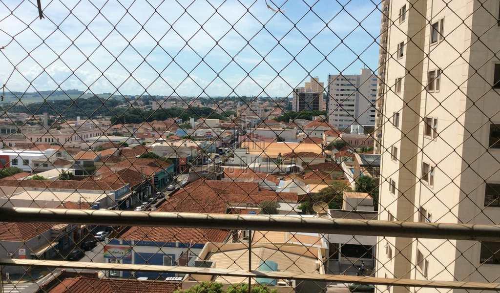Apartamento em Jaboticabal, bairro Centro