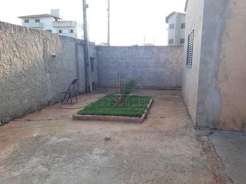 Casa, código 1722722 em Jaboticabal, bairro Jardim Nova Aparecida