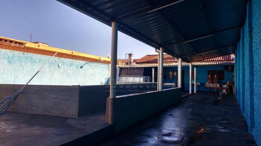 Casa em Jaboticabal, no bairro Jardim das Rosas