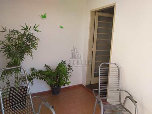 Casa, código 1722999 em Jaboticabal, bairro X
