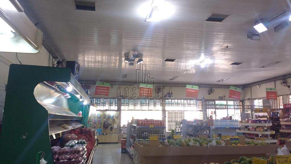 Sala Comercial em Jaboticabal, no bairro Centro