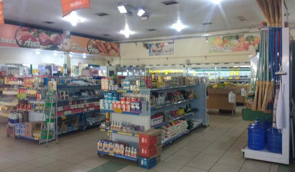 Sala Comercial em Jaboticabal, bairro Centro