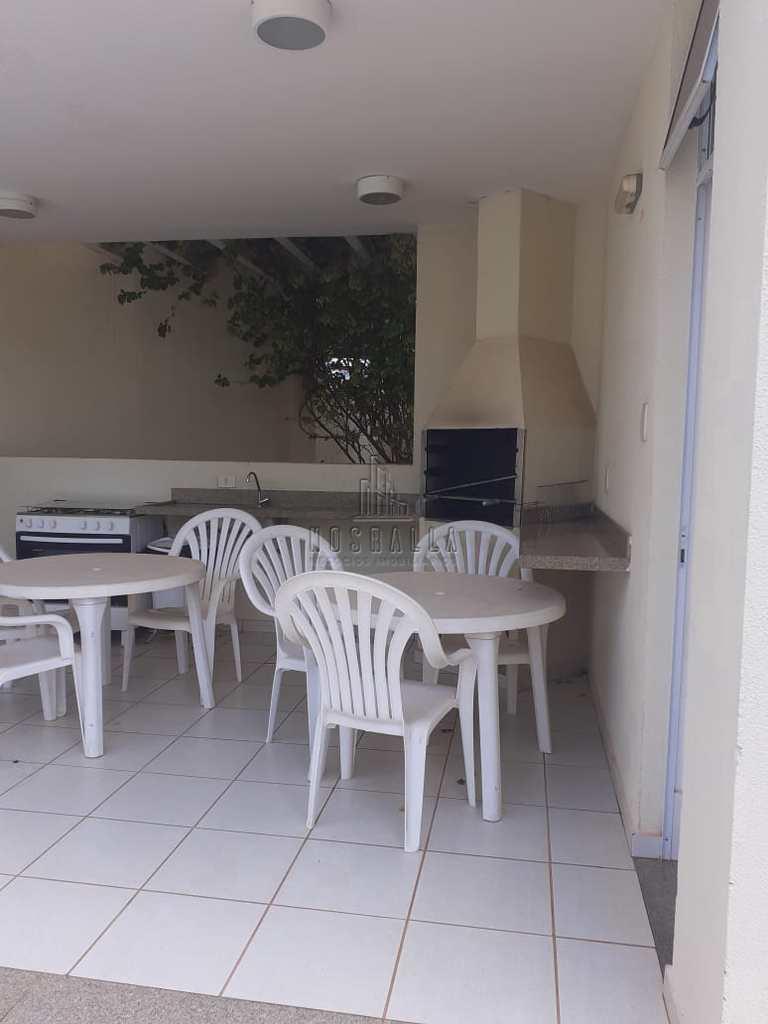 Apartamento em Jaboticabal, no bairro Colina Verde
