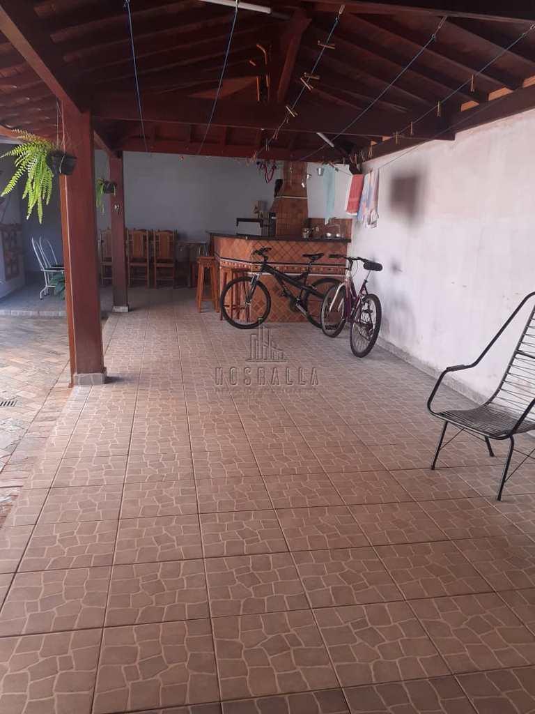 Casa em Jaboticabal, no bairro Jardim Brandi