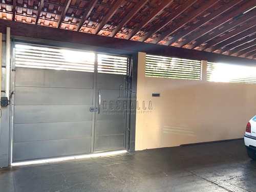 Casa, código 1723430 em Jaboticabal, bairro Jardim das Rosas