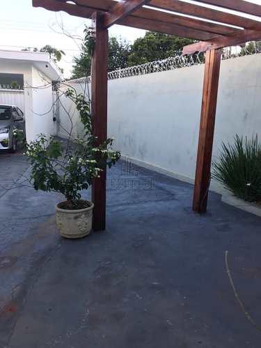 Casa, código 1723442 em Jaboticabal, bairro Parque dos Laranjais