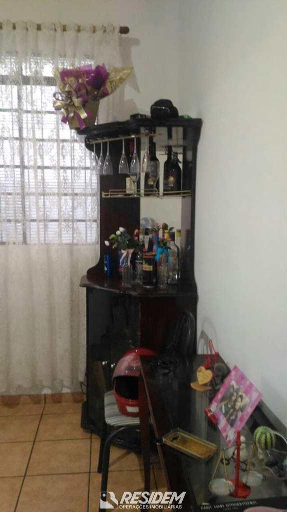 Sobrado em Bauru, bairro Centro