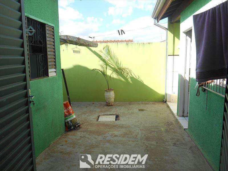 Casa em Bauru, bairro Jardim Rosa Branca
