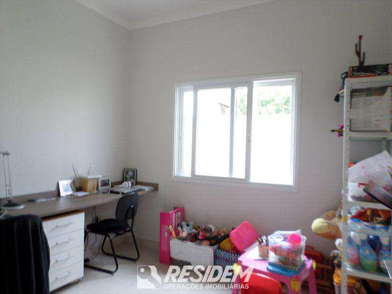 Casa de Condomínio em Piratininga, no bairro Residencial Primavera
