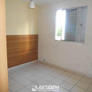 Apartamento em Bauru, bairro Jd America
