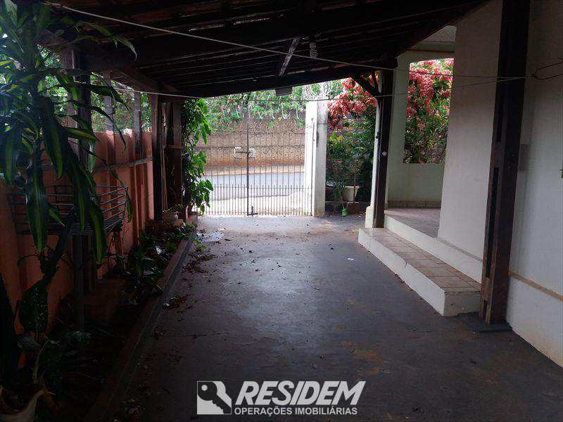 Casa em Bauru, bairro Núcleo Residencial Alto Alegre
