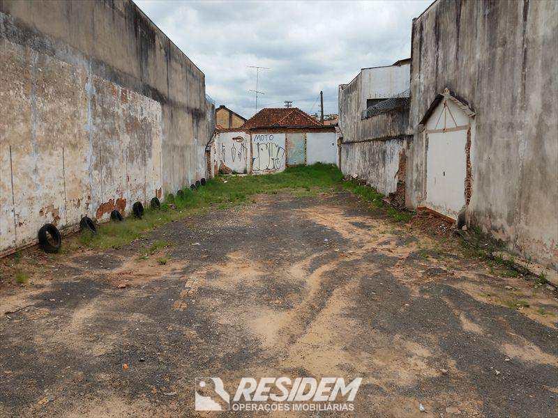 Terreno em Bauru, bairro Centro