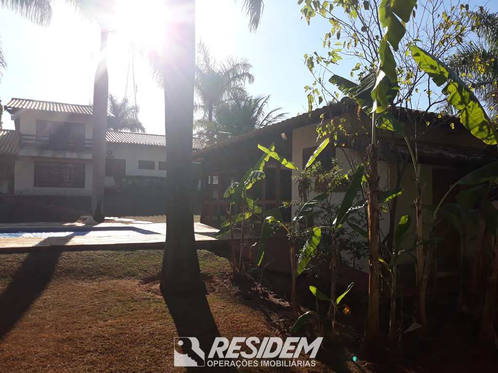 Casa em Bauru, no bairro Jardim Shangri-Lá