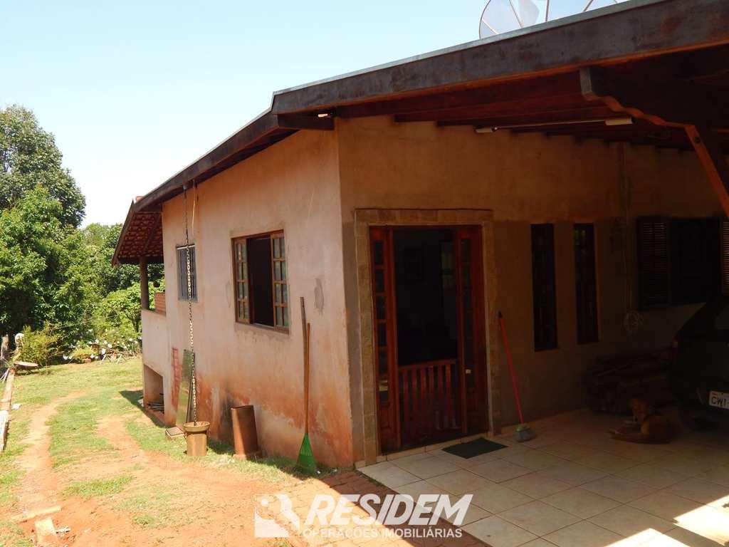 Casa em Bauru, no bairro Chácara São João