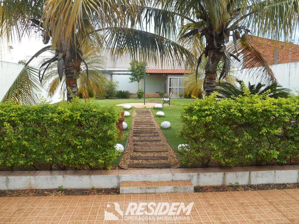 Casa em Bauru, no bairro Vila Carolina