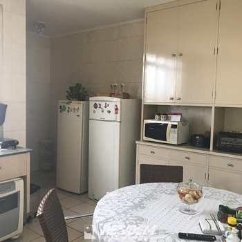 Apartamento em Bauru, bairro Vila Altinópolis