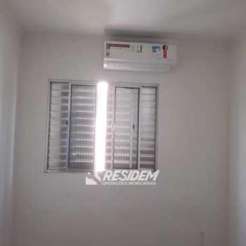 Apartamento em Bauru, bairro Vila Falcão