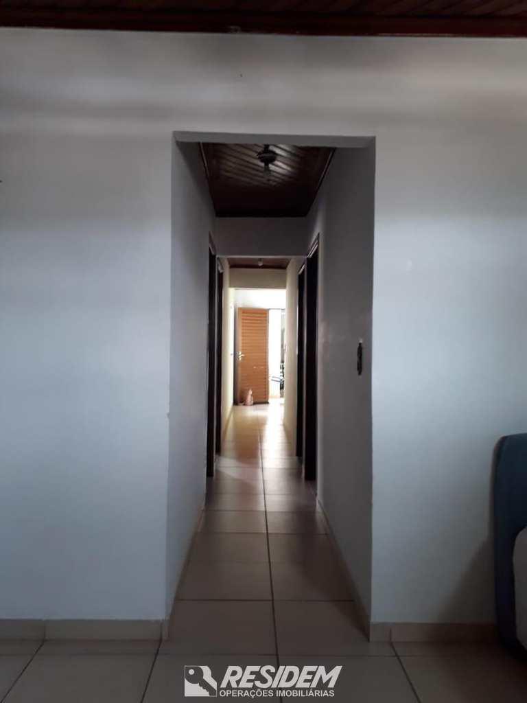 Casa em Bauru, no bairro Jardim Bom Samaritano