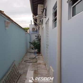 Casa em Piratininga, bairro Residencial Primavera