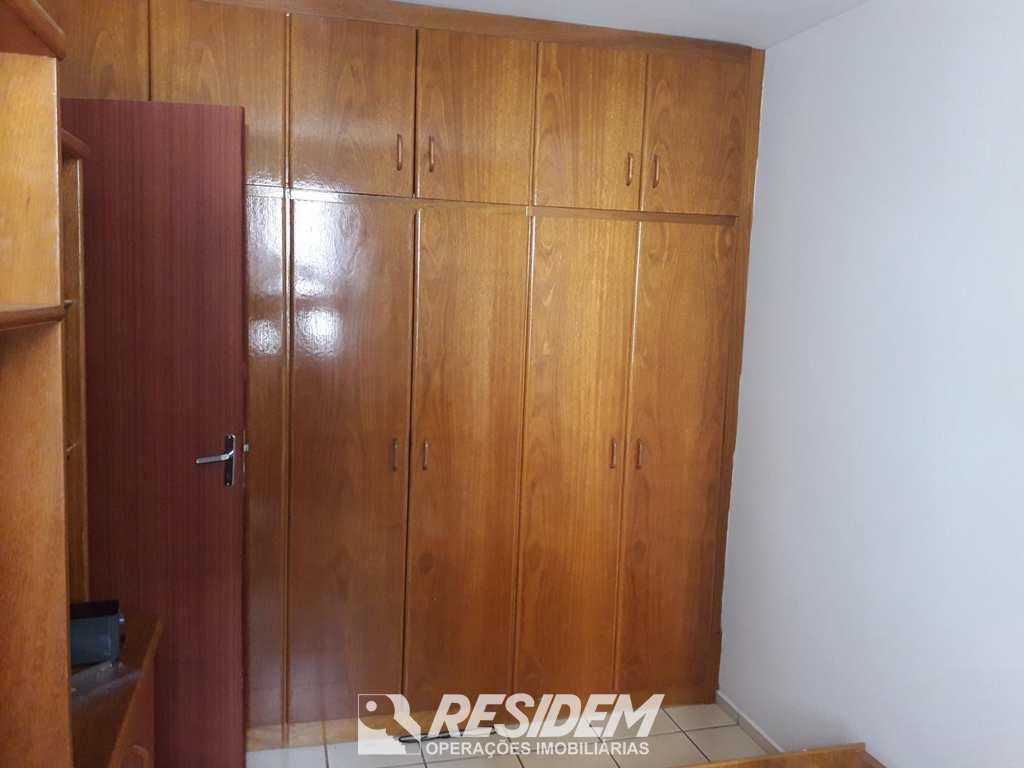 Apartamento em Bauru, no bairro Jardim Infante Dom Henrique