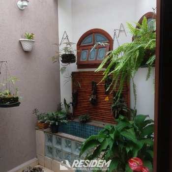 Casa em Bauru, bairro Parque Jardim Europa
