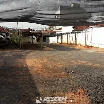 Terreno Comercial em Bauru, bairro Centro