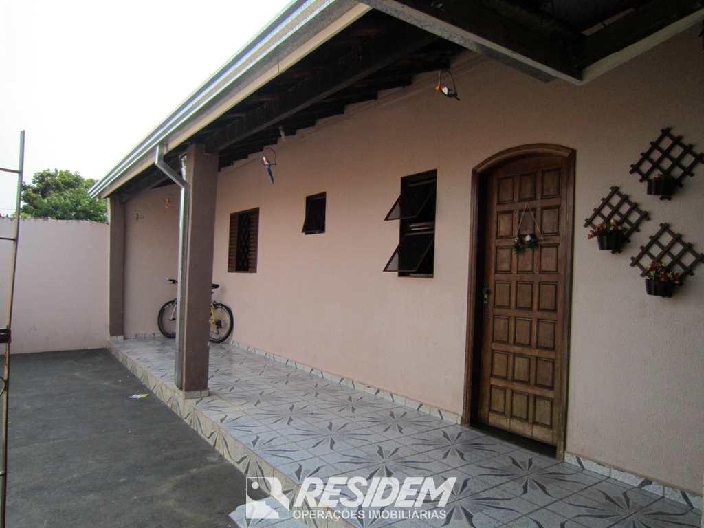 Casa em Bauru, no bairro Parque Viaduto
