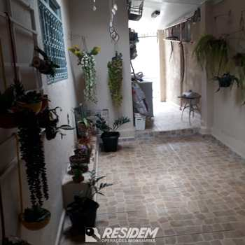 Casa em Bauru, bairro Núcleo Habitacional José Regino