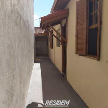 Casa em Bauru, bairro Centro