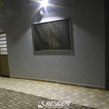 Casa em Bauru, bairro Quinta da Bela Olinda