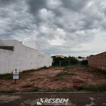 Terreno em Bauru, bairro Parque Residencial Castelo