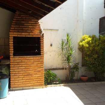 Casa em Bauru, bairro Núcleo Residencial Presidente Geisel
