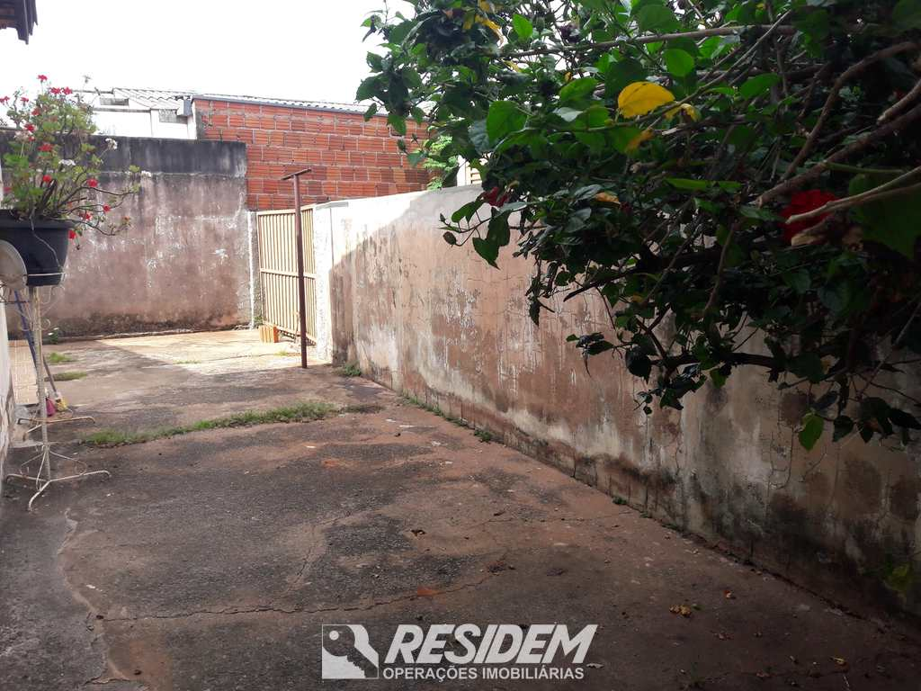 Casa em Bauru, no bairro Jardim Nova Esperança