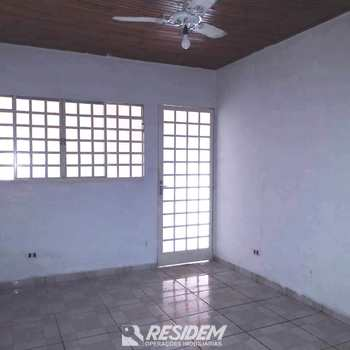Casa em Bauru, bairro Vila Quaggio
