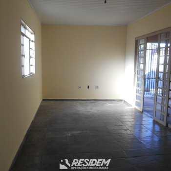 Casa em Bauru, bairro Núcleo Habitacional Vereador Edson Francisco da Silva