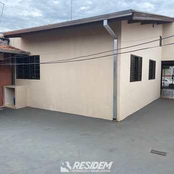 Casa em Bauru, bairro Jardim Carolina