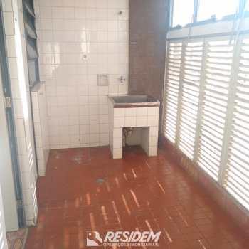 Apartamento em Bauru, bairro Vila América