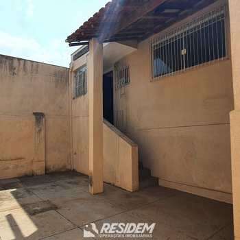 Casa em Bauru, bairro Higienópolis