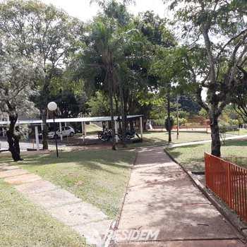 Apartamento em Bauru, bairro Jardim Marambá