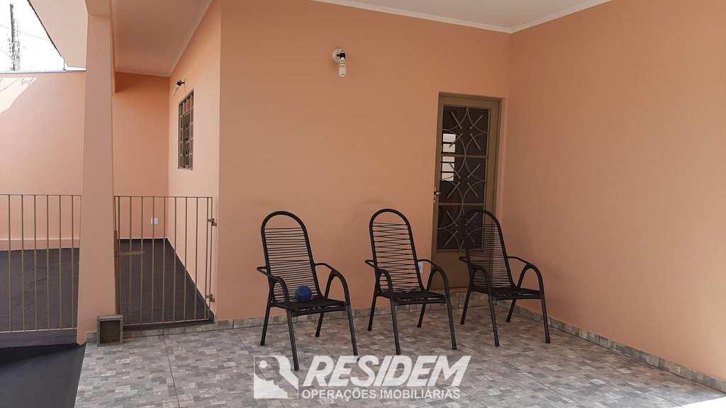 Casa em Bauru, no bairro Vila Seabra