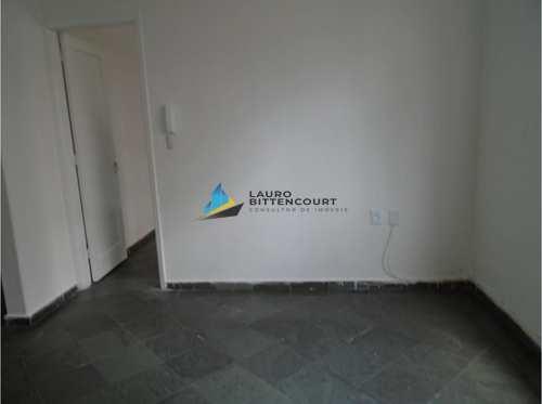 Apartamento, código 7739 em Santos, bairro Embaré