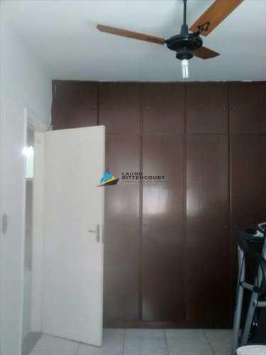 Apartamento, código 7636 em Santos, bairro Embaré
