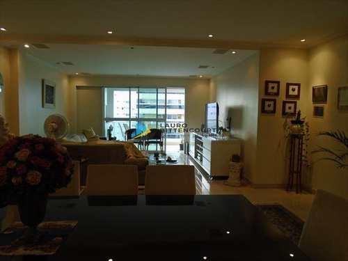Apartamento, código 7632 em Santos, bairro Aparecida
