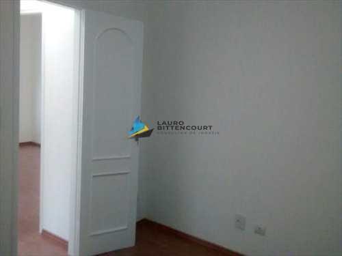 Apartamento, código 7602 em Santos, bairro Aparecida